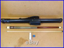 1984-90 McDermott D-10 Pool Cue with Giuseppi Case 19 oz