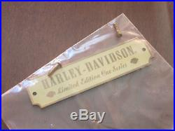 Harley-Davidson Limited-Edition Pool Cue Maple Display Case, HDL-10140A