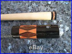 McDERMOTT POOL CUE VINTAGE RS-3 with CARRYING CASE
