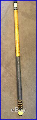 McDermott Pool Cue D-Series Vintage 1984-1990 Model # D-7 With Soft Case