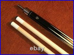 McDermott Pool Cue with 2 Shafts Black with White Spec Linen Wrap