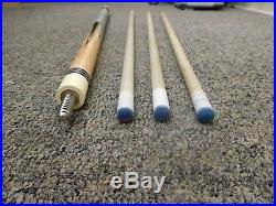 McDermott Pool Cue with 3 Shafts and Case. Model D-19
