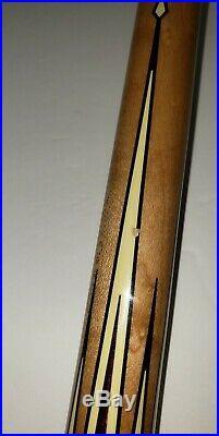 McDermott Star Pool/Billiard Cue Stick